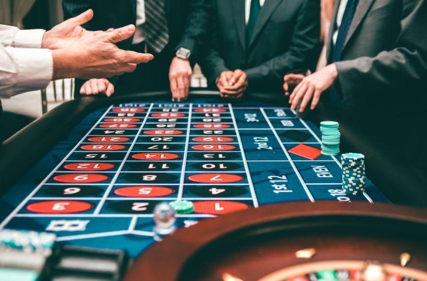 emucasinoblog-roulette-table